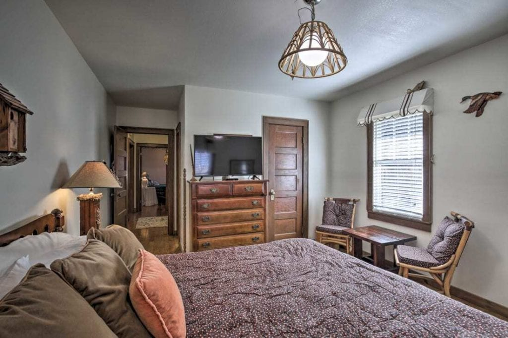 Appalachian Cottage  Bedroom 3